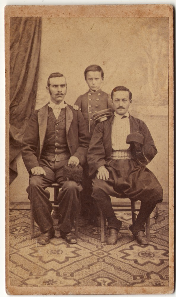 Group portrait of two men and a boy, © Museum of Applied Art