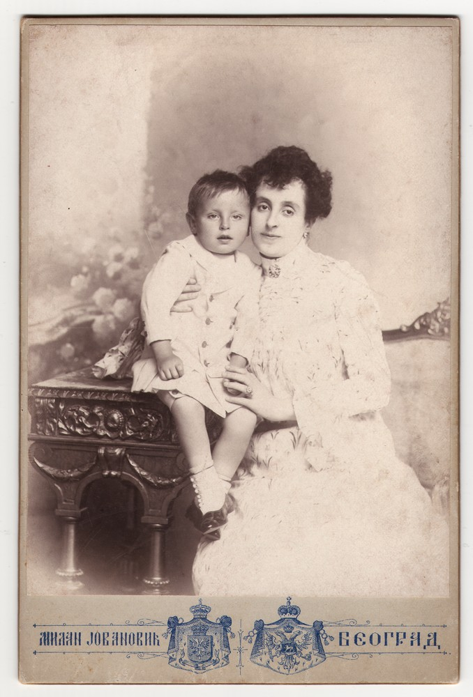 Studio portrait of Ana Genčić with her son, © Museum of Applied Art