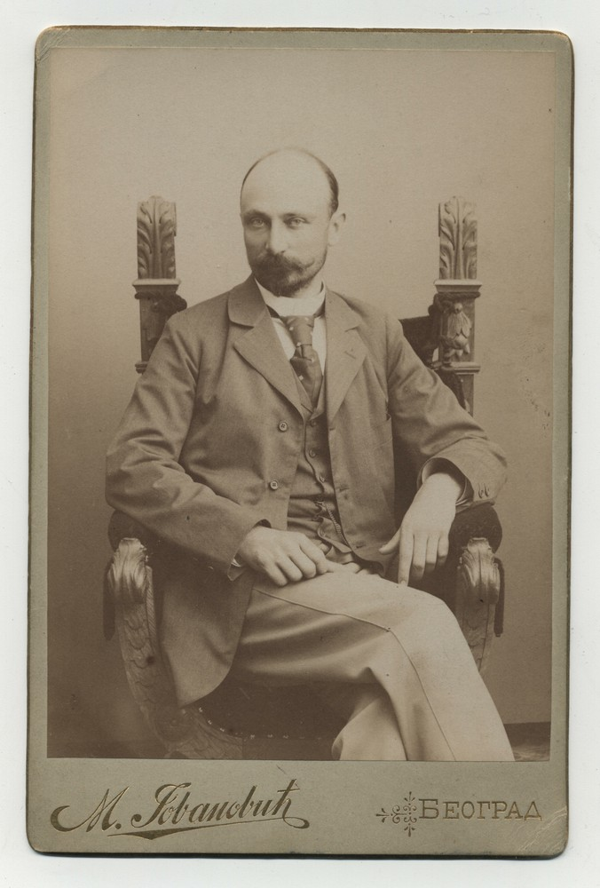 Studio portrait of architect Milan Kapetanović, © Miloš Jurišić