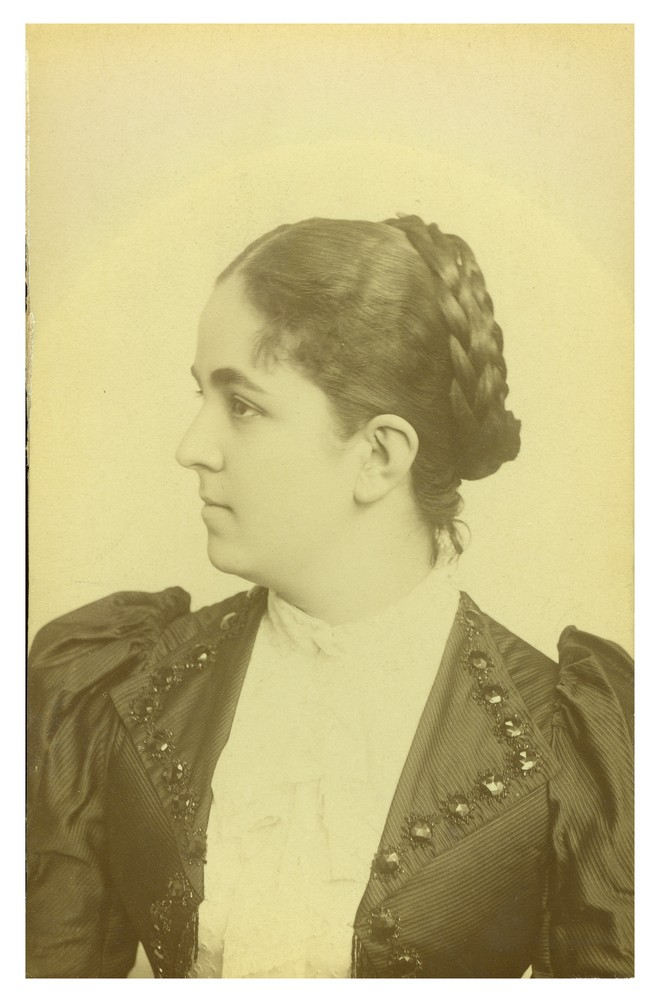 Studio portrait of Ms. Aleksandra Marković, © Ethnographic Museum in Belgrade