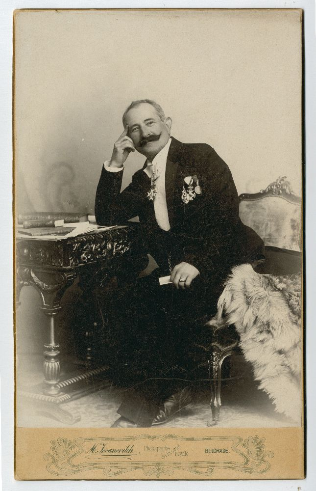 Studio portrait of Miloš Cvetić, © Museum of Theater Art of Serbia