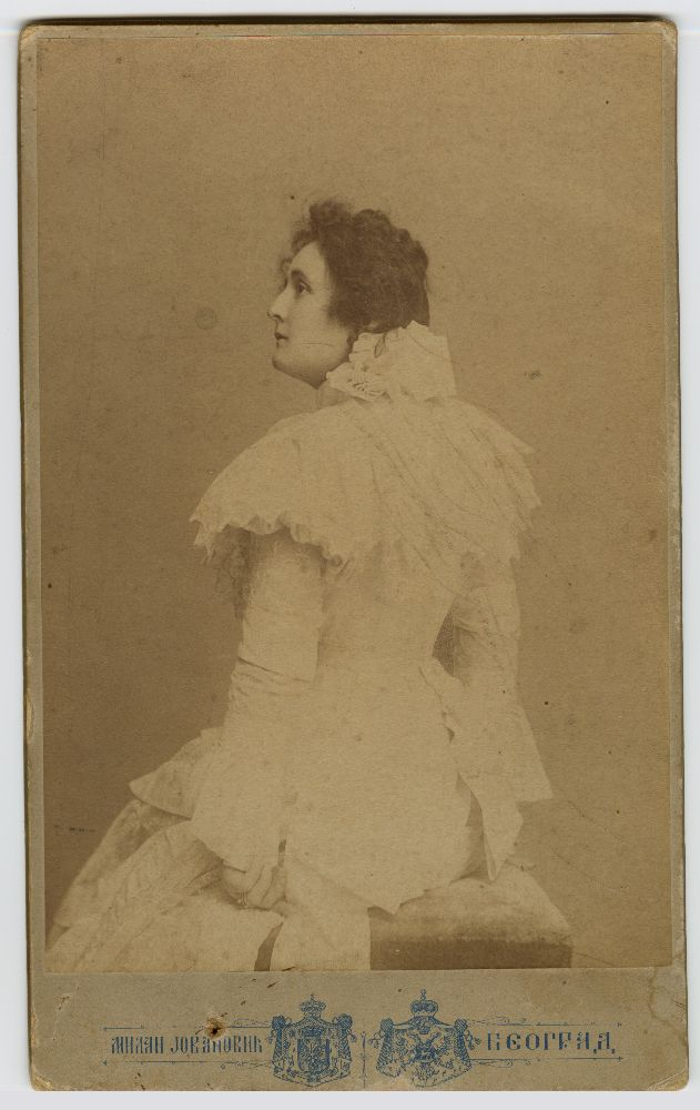 Studio portrait of Vela Nigrinova, © Museum of Theater Art of Serbia