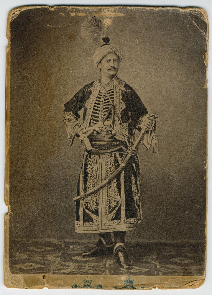 Studio portrait of an actor in in character as an Ottoman in the play 'Miloš Obilić', © Museum of Theater Art of Serbia
