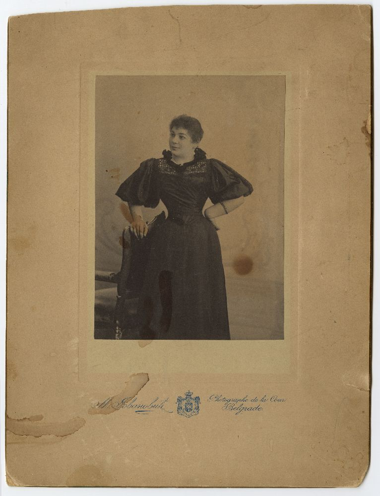 Framed studio portrait of Zorka Todosić, © Museum of Theater Art of Serbia