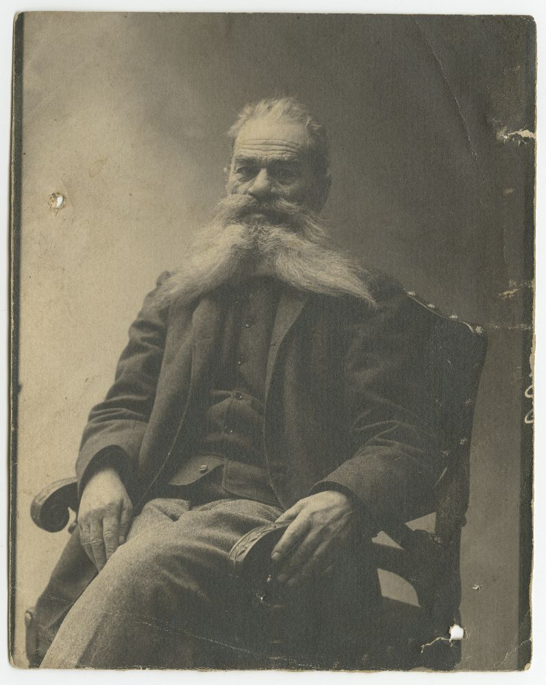 Studio portrait of Jovan Dragašević, © Museum of Theater Art of Serbia