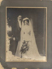 Wedding portrait of Milutin Kovačić and his bride Živka Sirotanović, © National Library of Serbia