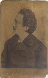 Studio portrait of Branislav Nušić, © National Library of Serbia