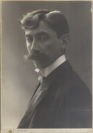 Studio portrait of poet Milorad Mitrović, © National Library of Serbia