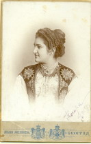 Studio portrait of Kosara Knez-Milojković, © National Library of Serbia