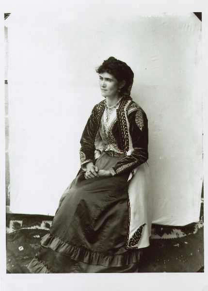 Woman in an old traditional Serbian costume from Montenegro, © The National Museum of Bosnia and Herzegovina