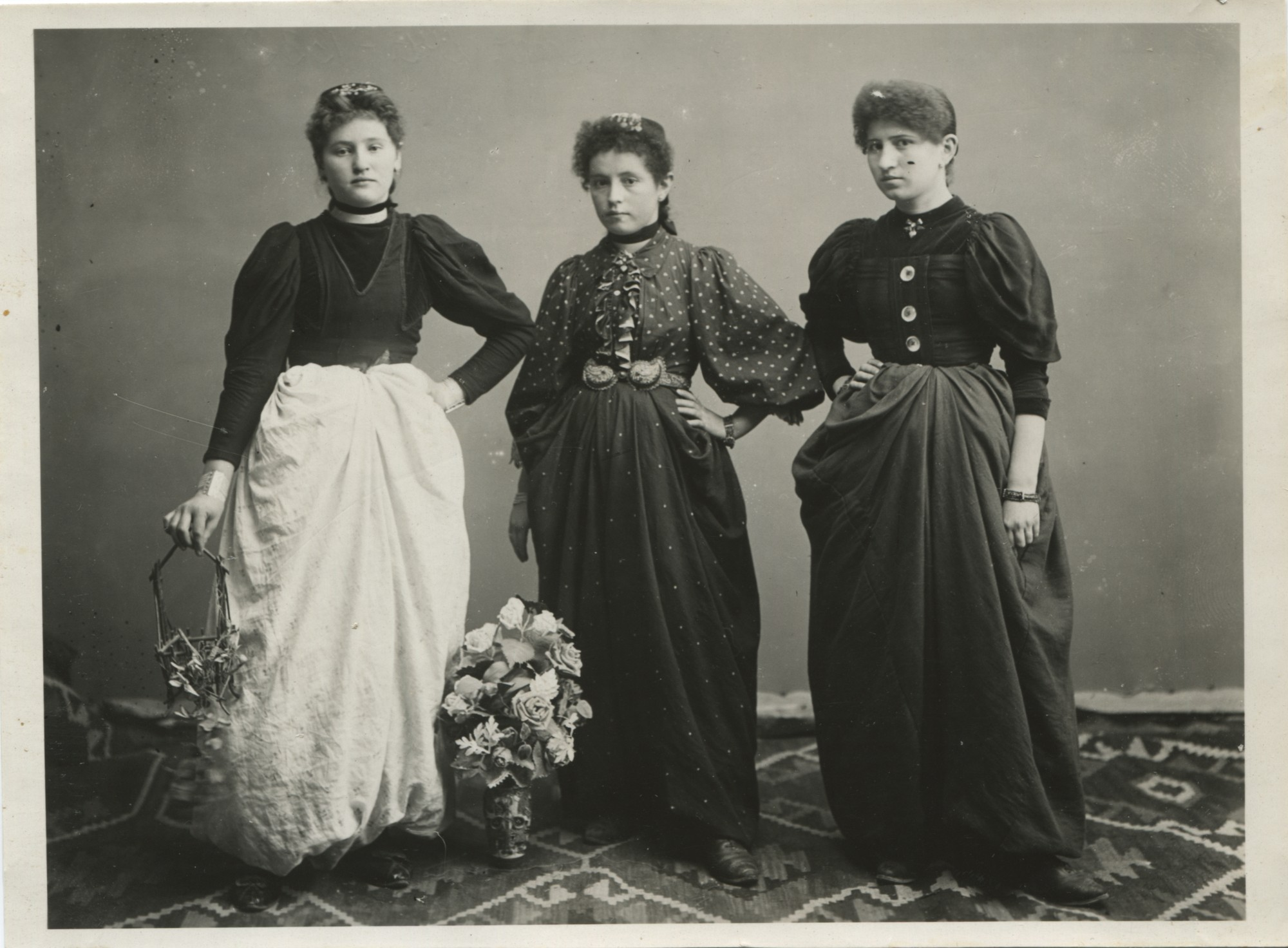 Portrait of three young townswomen, © The Historical Archive of Sarajevo