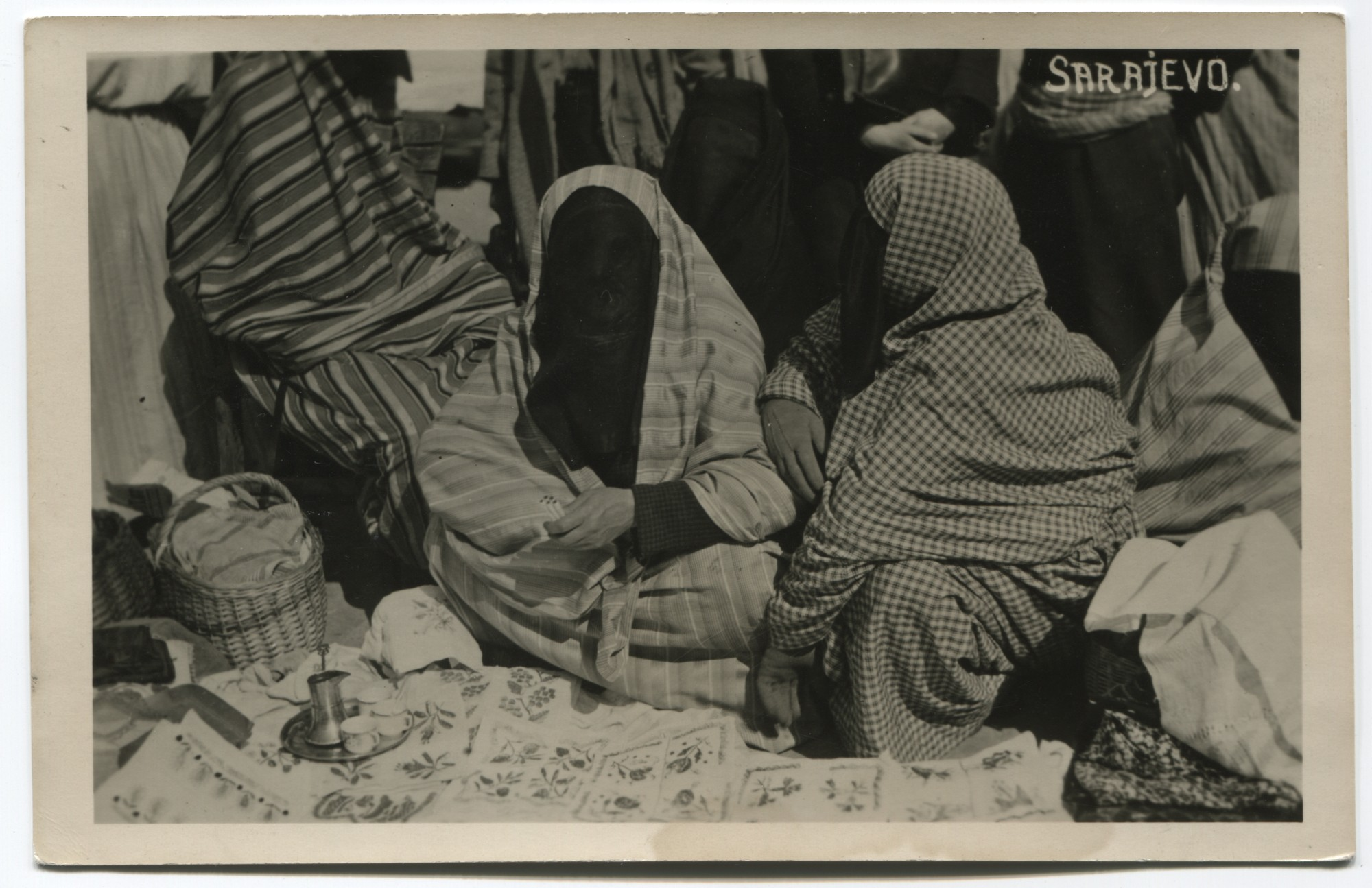 Market scene with two Muslim saleswomen, © The Historical Archive of Sarajevo