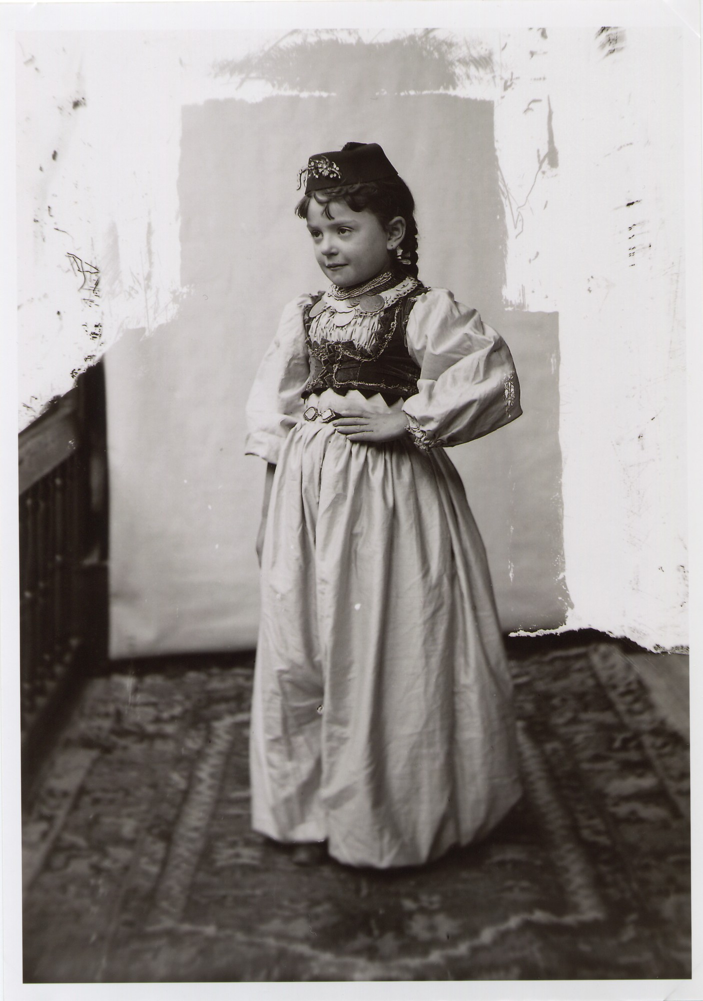 Sephardic Jewish girl's costume, © The National Museum of Bosnia and Herzegovina
