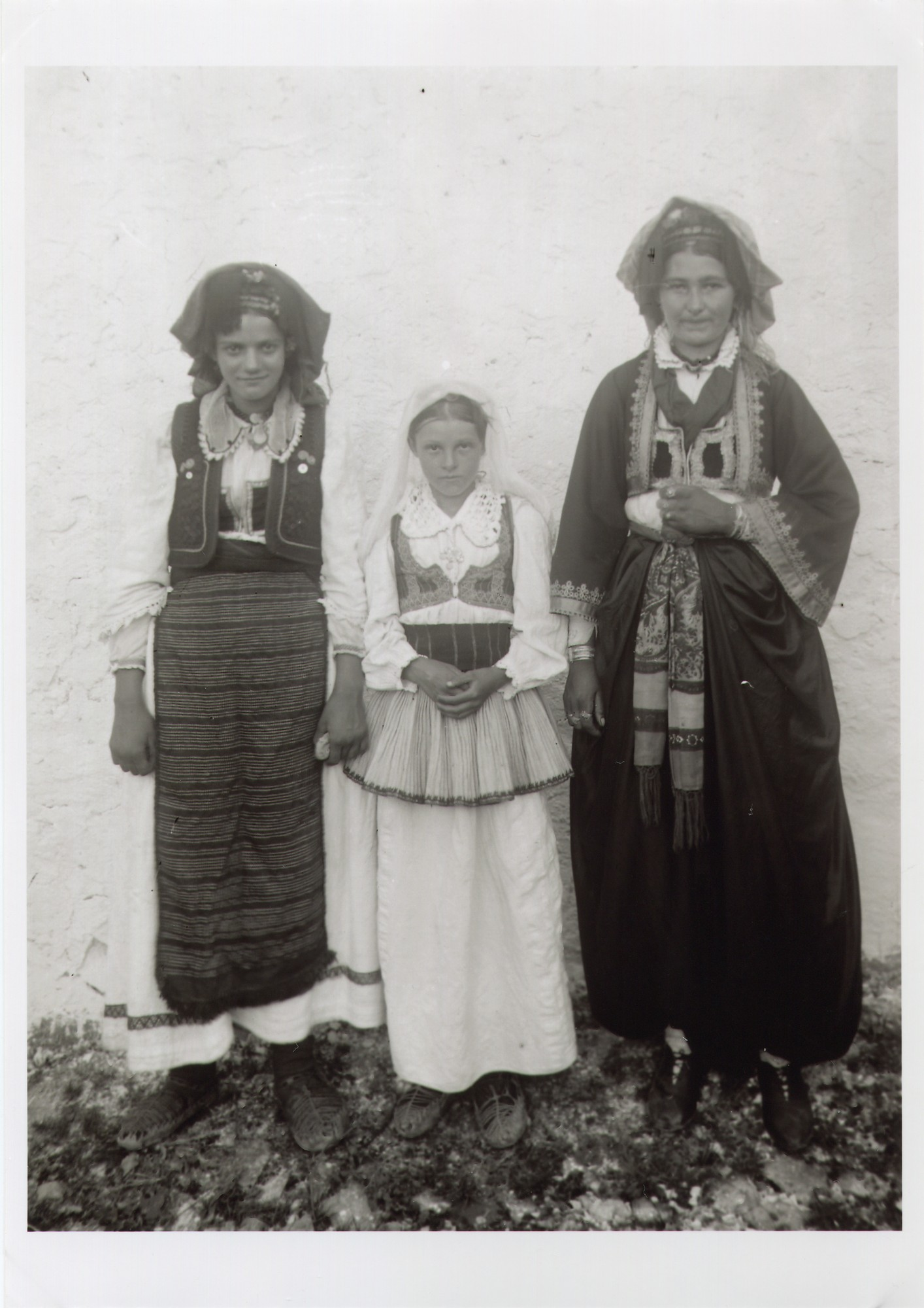 Portrait of three women wearing different folk costumes, © The National Museum of Bosnia and Herzegovina
