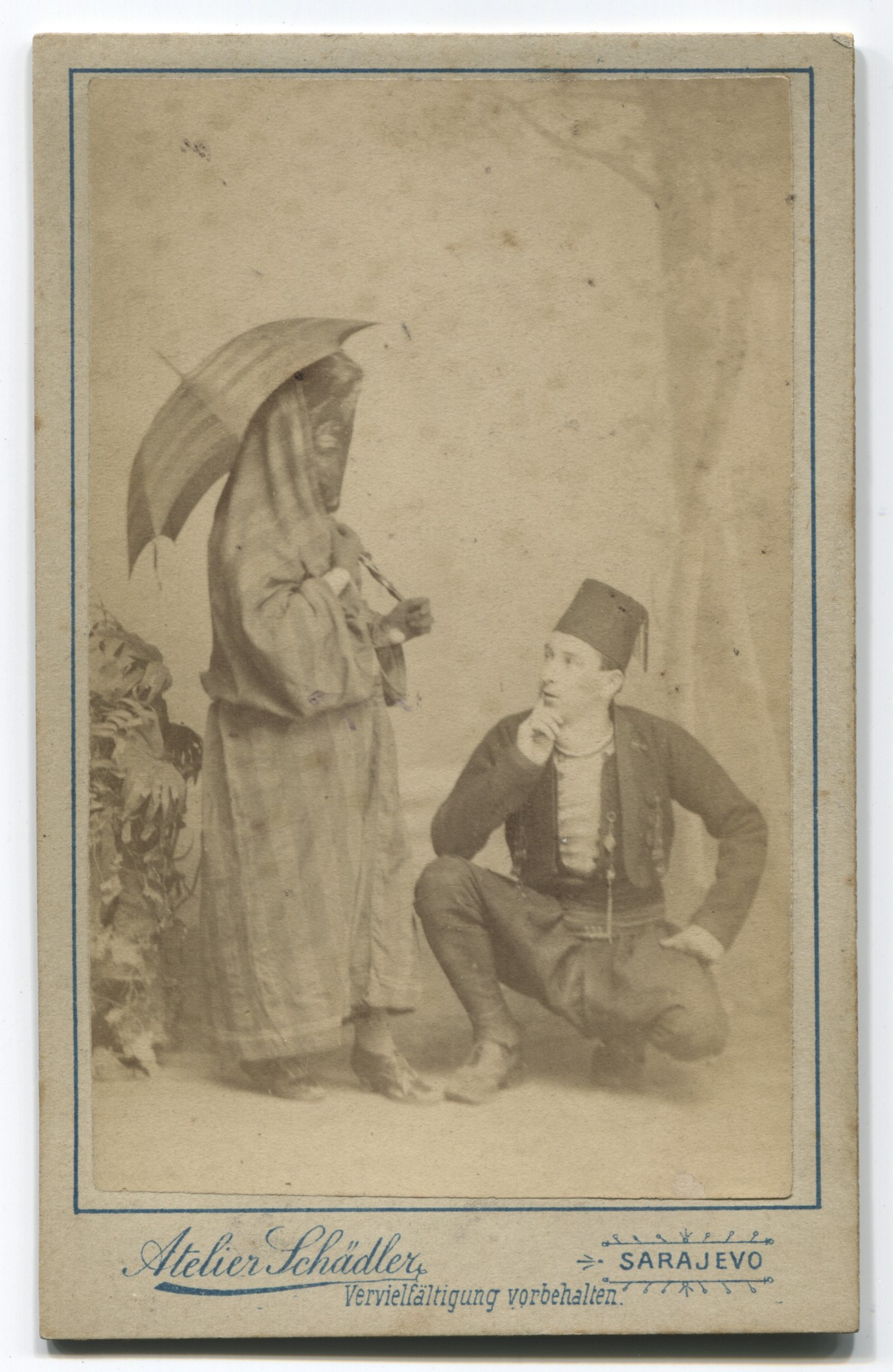 Souvenir card depicting a Muslim woman and man, © Museum of City of Sarajevo