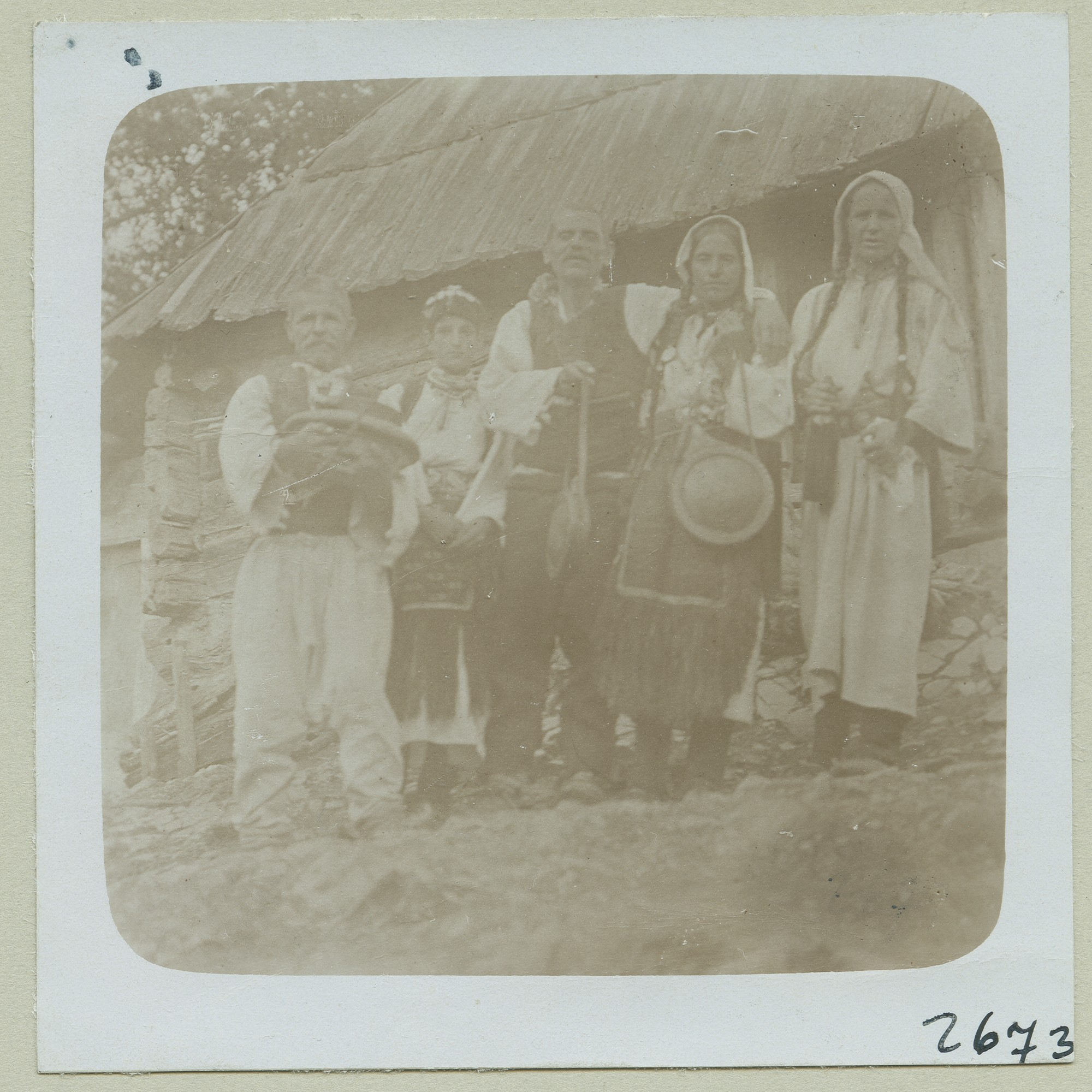 Serbian peasants, © The Austrian Museum of Folk Life and Folk Art