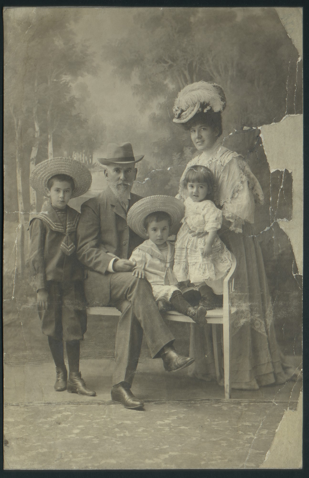 Studio portrait of Rayna and Dimitar Karastoyanov with three of their children, © St. Cyril and St. Methodius National Library