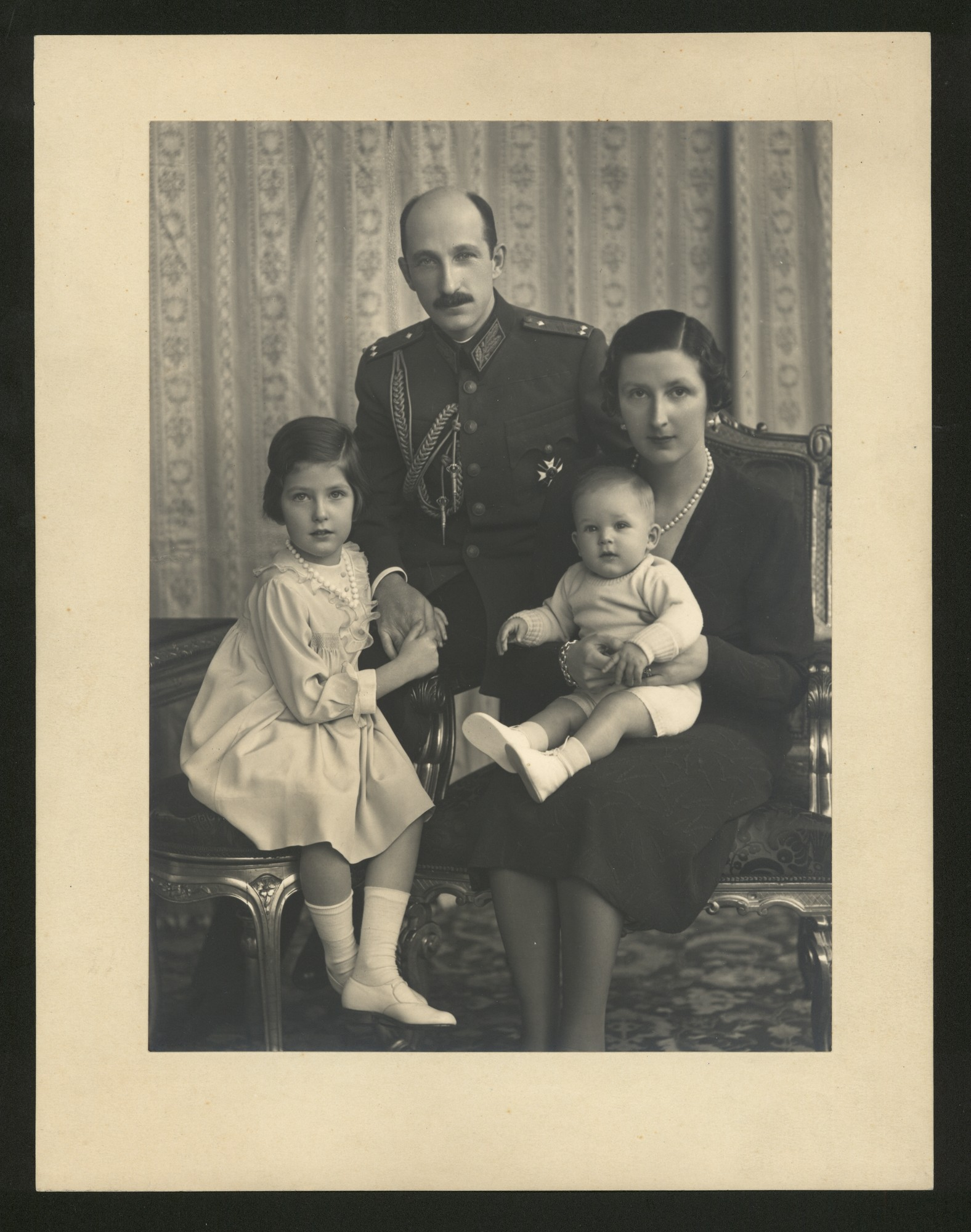 King (Tsar) Boris III and Quenn (Tsaritza) Giovanna di Savoia with their children Maria-Luisa and Simeon, © Central State Archives