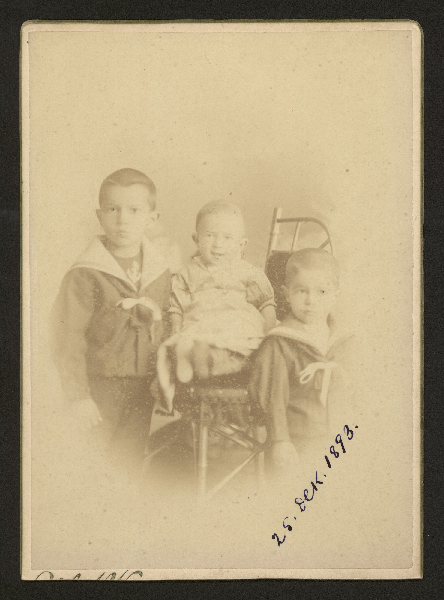Studio portrait of Konstantin Stoilov's children, © Central State Archives