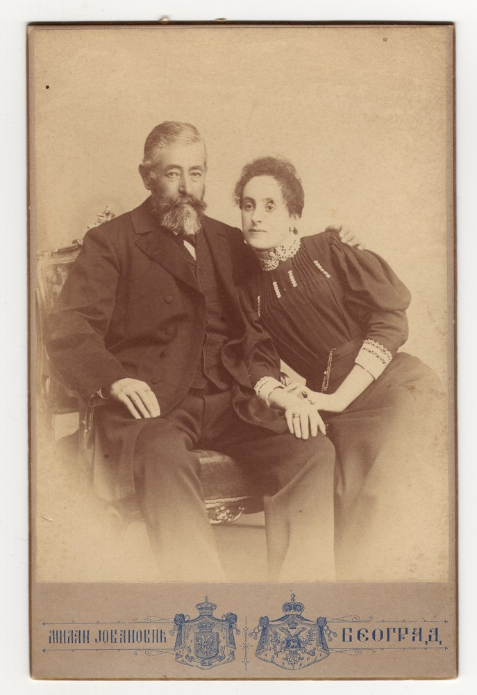 Studio portrait of merchant Jovan Pačić and his daughter Bosa, © Museum of Applied Art