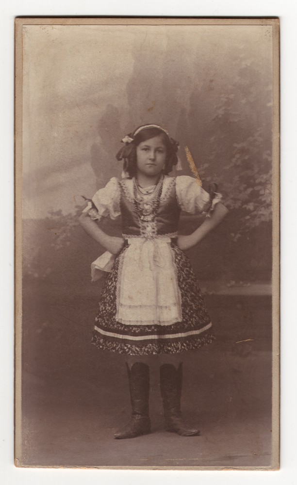 Girl in Hungarian national dress, © Museum of Applied Art