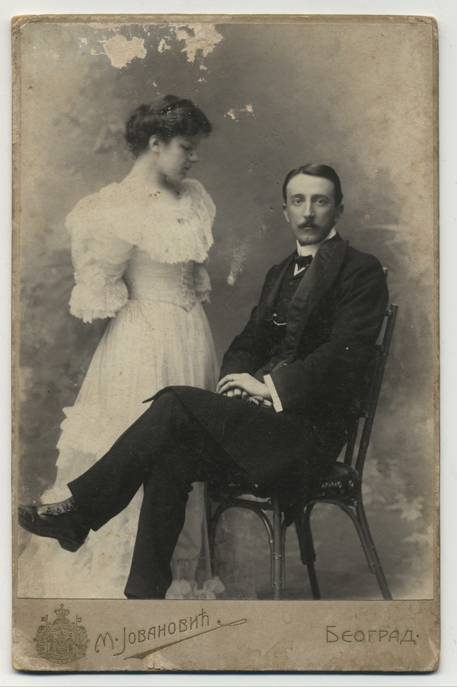 Studio portrait of a couple, © Miloš Jurišić