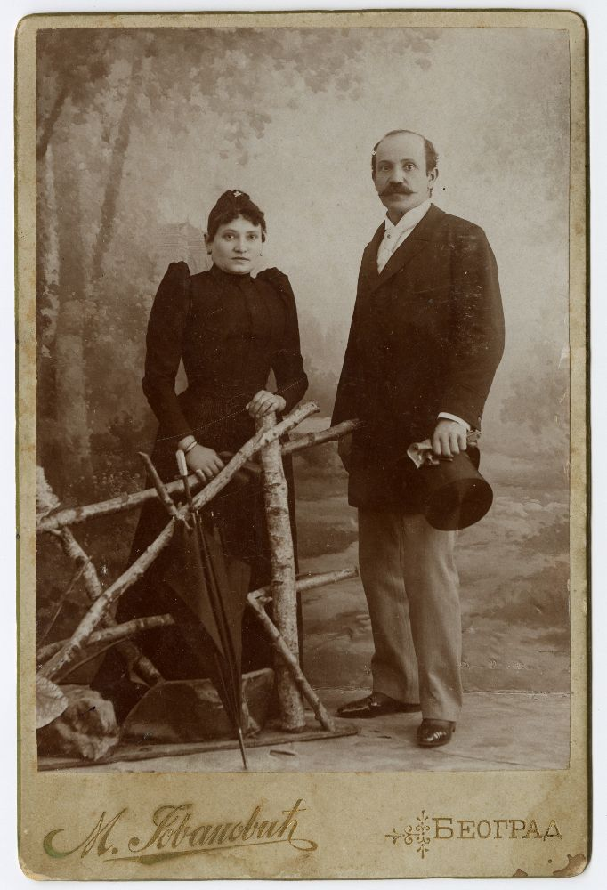 Studio portrait of Julka and Dragutin Jovanović, © Museum of Theater Art of Serbia