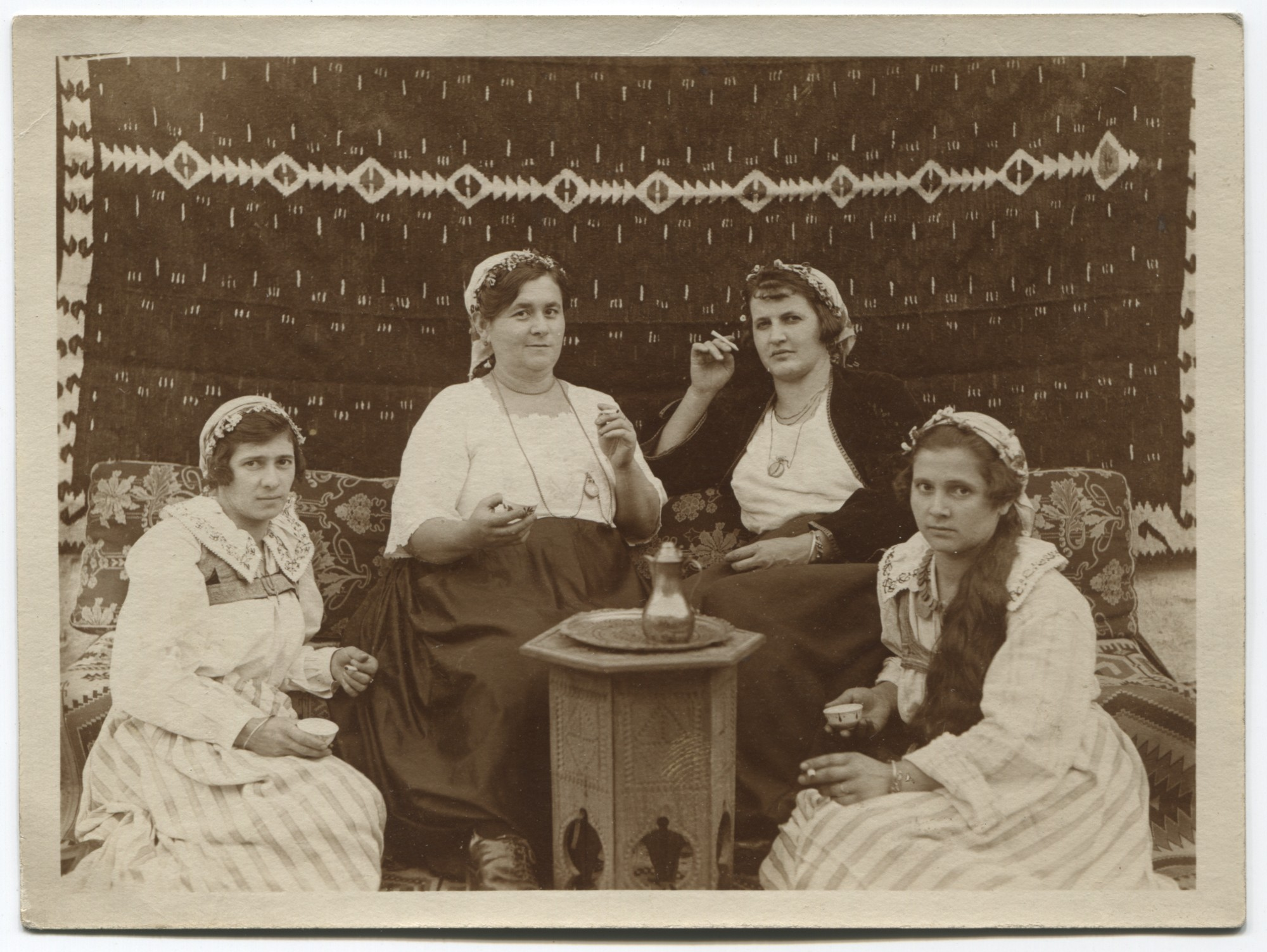 Croatian women from the vicinity of Travnik, © Museum of City of Sarajevo