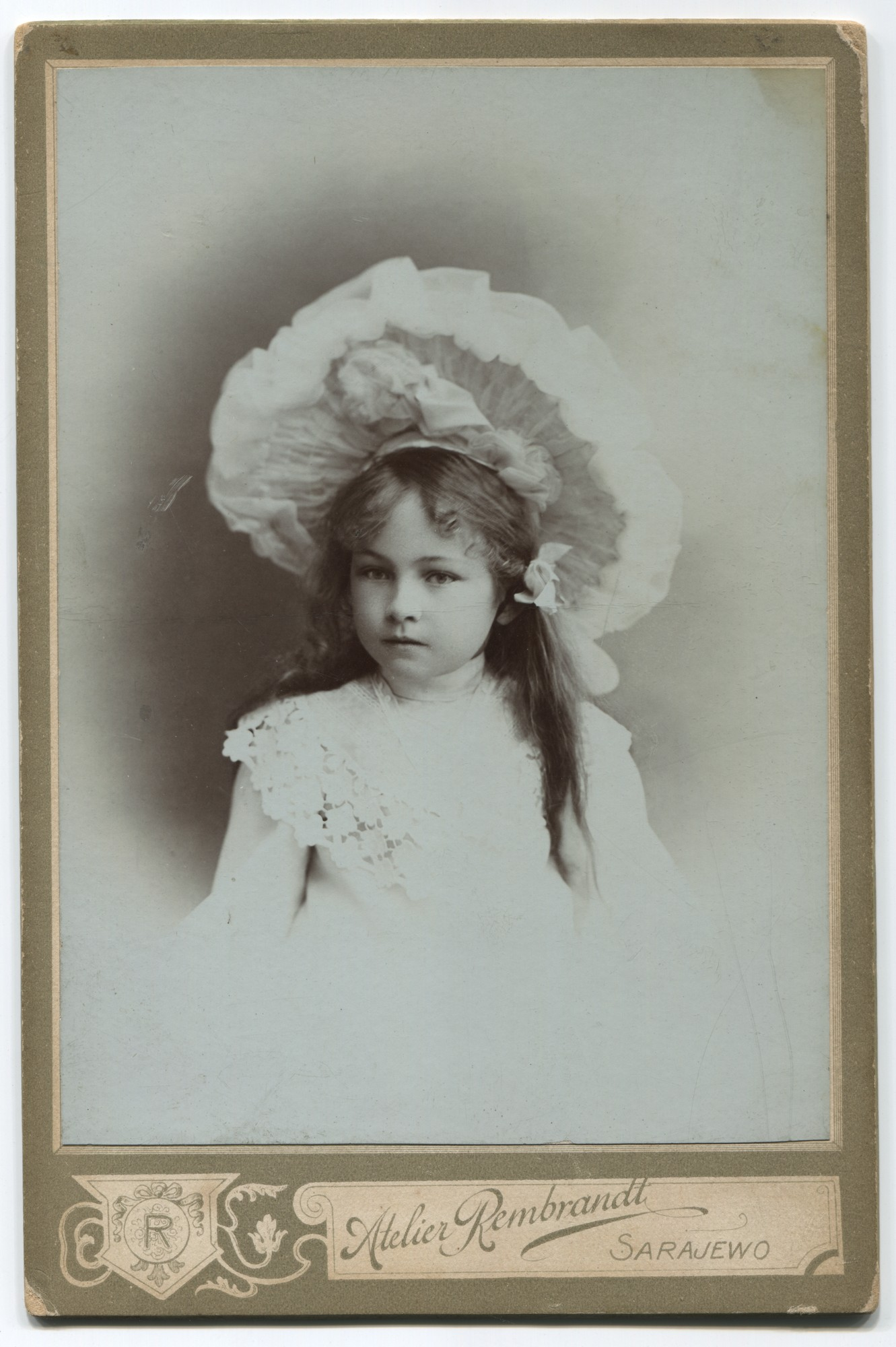Portrait of Milka Hun as a child, © Museum of City of Sarajevo