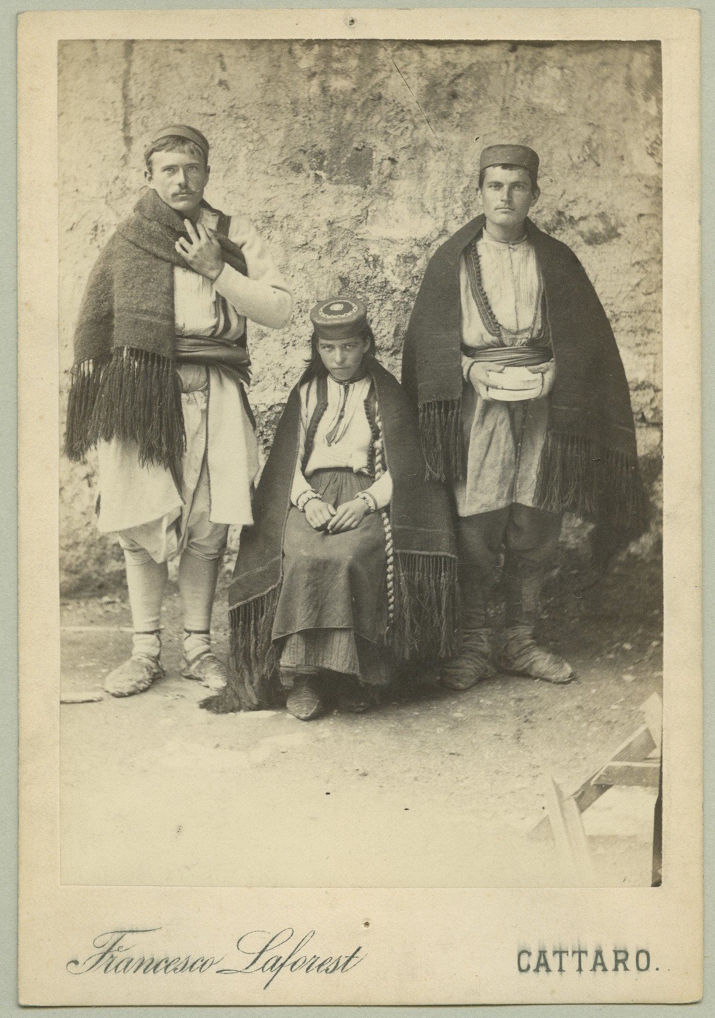 Two men and a woman in traditional costumes, © The Austrian Museum of Folk Life and Folk Art