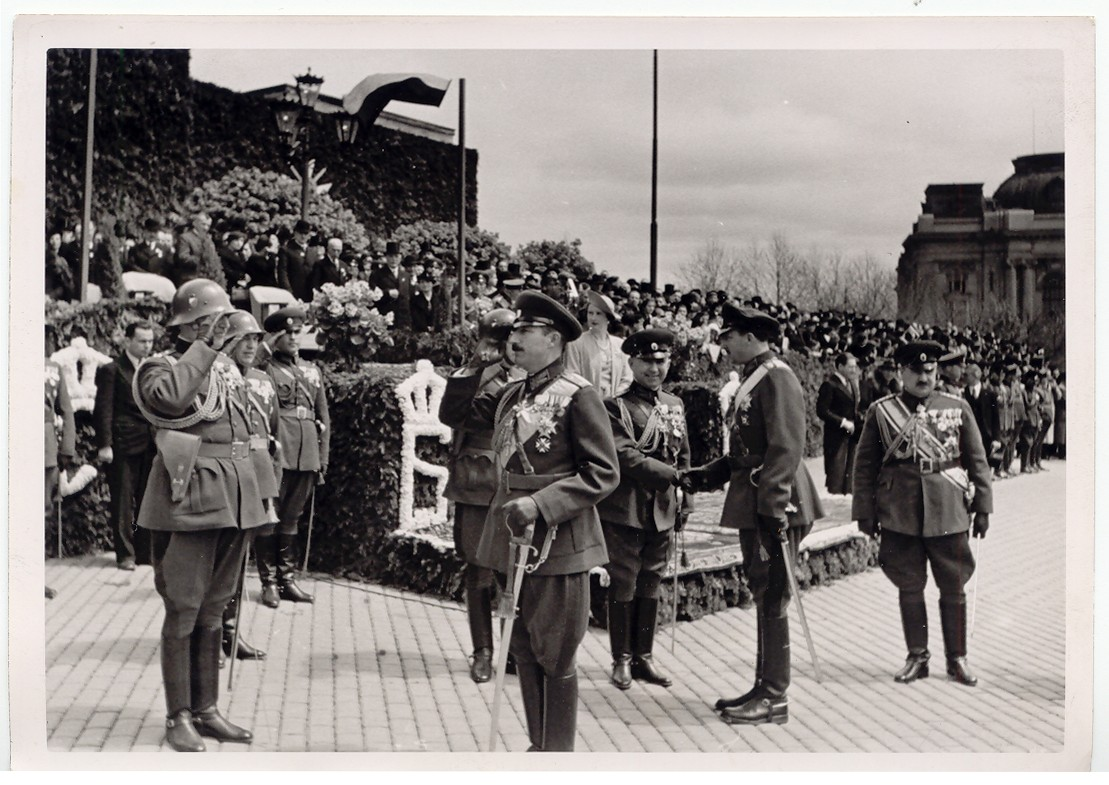 "King Boris III at a state ceremony, © Publishing house ""Minalo"""