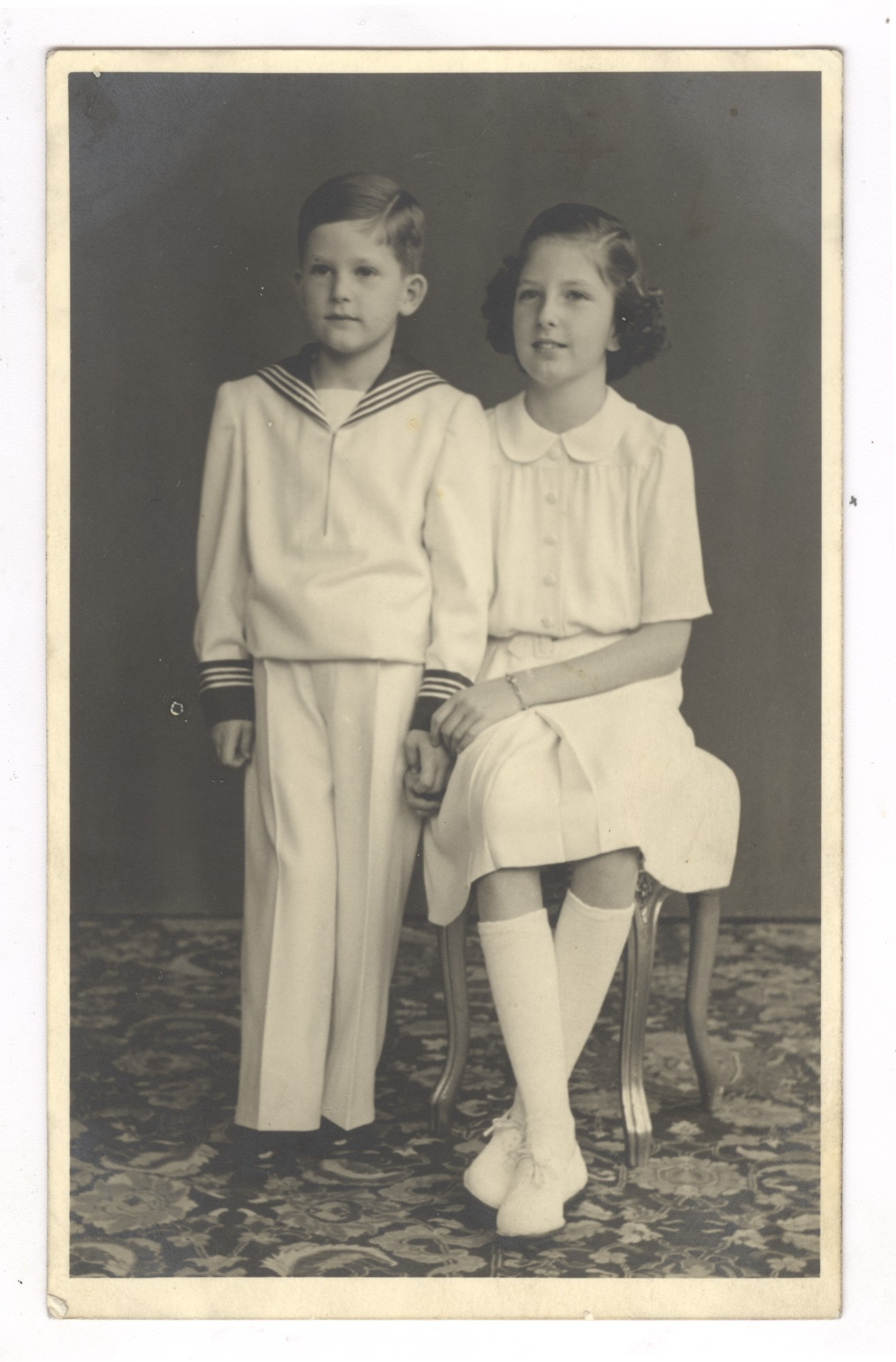 "The Royal children Princess Maria Louise and Prince Simeon Borisov of Saxe-Coburg and Gotha, © Publishing house ""Minalo"""
