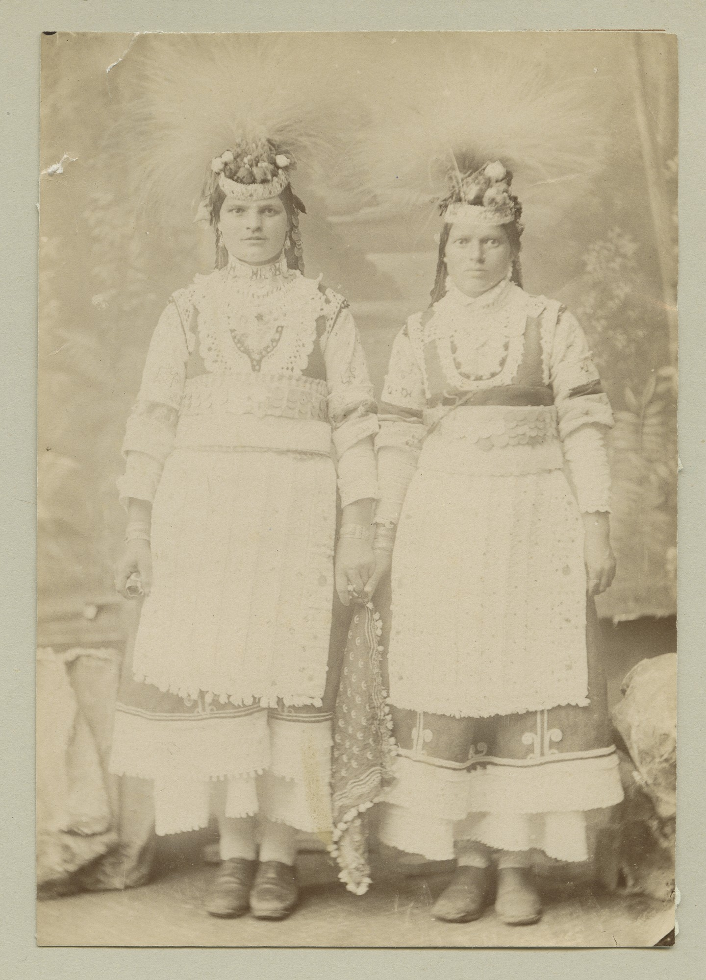 Studio portrait of two women in folk attire, © The Austrian Museum of Folk Life and Folk Art