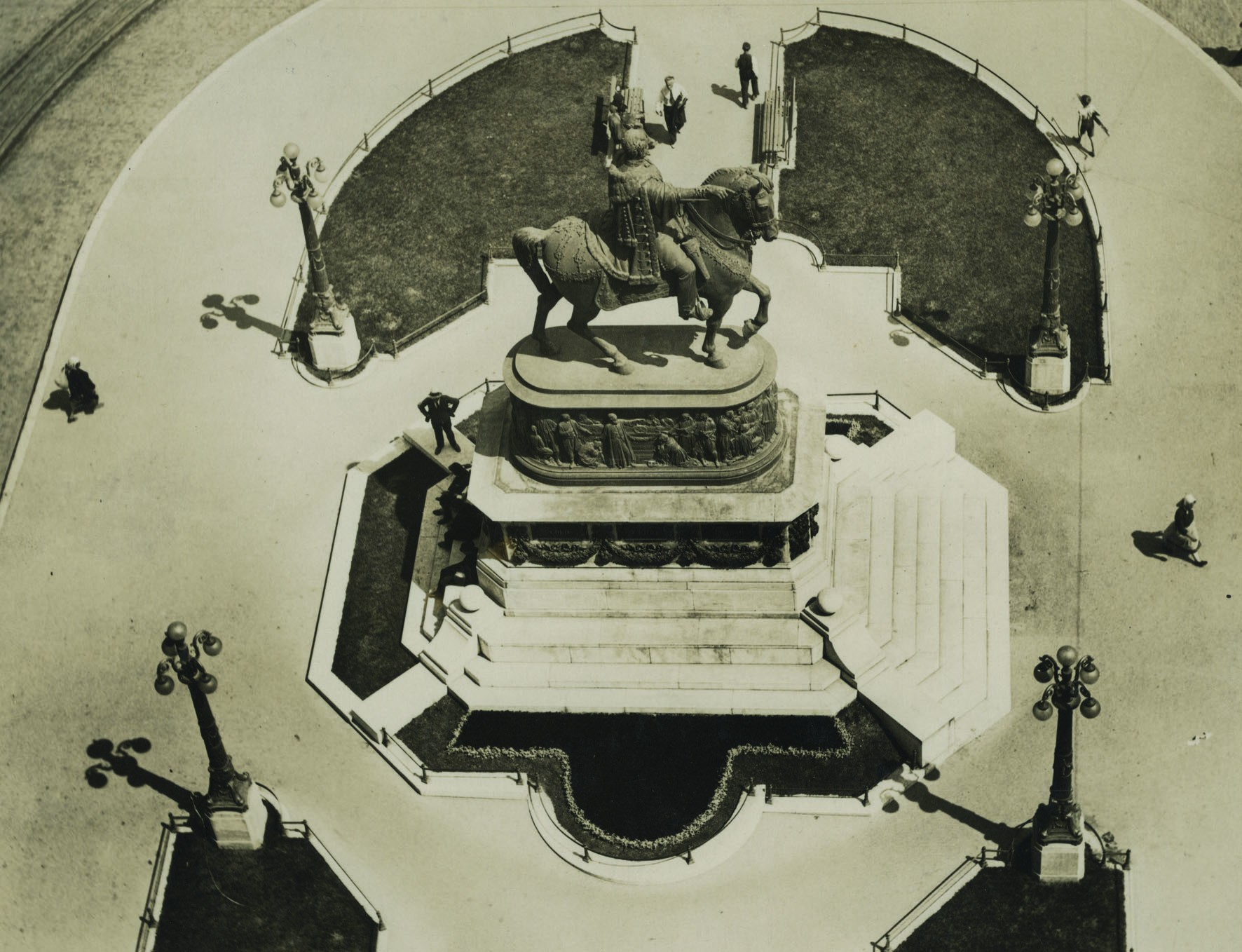 Knez Mihailo's Memorial from above